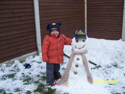 Wriggler's 1st Snowman