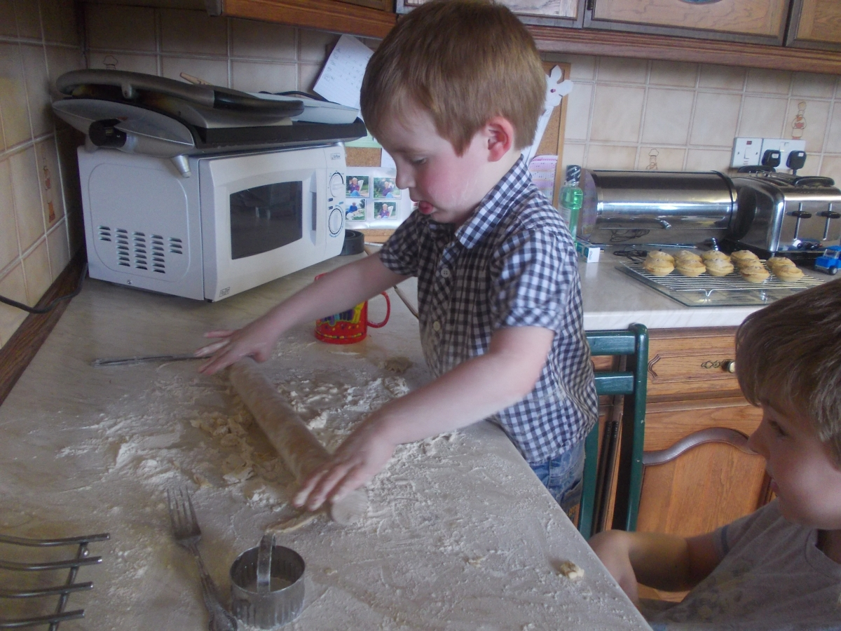 Makaton Monday ~ To Cook